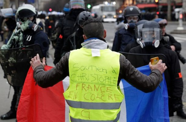 French 'yellow vests' rally in fresh round of protests