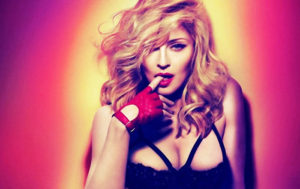 Attacking From the Rear: Madonna Slammed Online Over Her Buttocks (VIDEO)