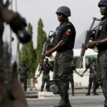 Police arrest 5 suspected kidnappers and robbers disguising with hijab