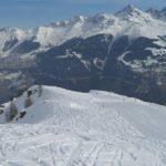 Up to 12 People Buried Under Snow Following Avalanche in Switzerland - Reports