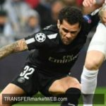 PSG in talks with DANI ALVES on deal extension