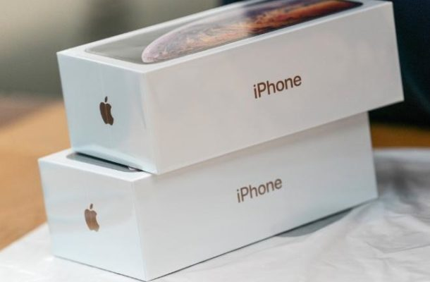 Apple battles out Huawei as iPhone shipments tank inChina