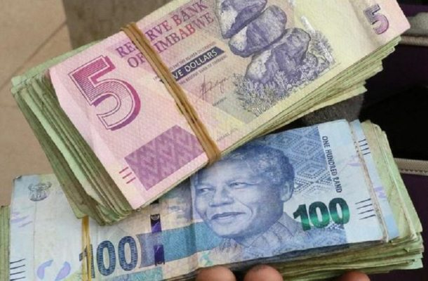 Zimbabwe civil servants, govt agree 29% salary hike to avert strike