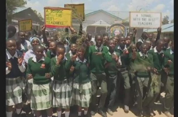 Celebrations as Kenyan teacher wins world's best title