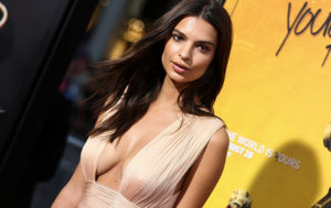 Emily Ratajkowski Shows Off Her Curves in Her Inamorata Swimsuits (PHOTOS)