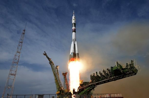 Soyuz MS-12 With ISS Expedition Blasts Off Into Space (VIDEO)