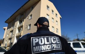 French Masonic Lodge Reportedly CRASHED by Yellow Vests (PHOTO, VIDEO)