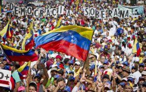 Satellite PHOTOS Allegedly Show Venezuela's Deployment of S-300 at Key Airbase