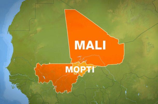 At least 16 dead as gunmen storm Mali army camp