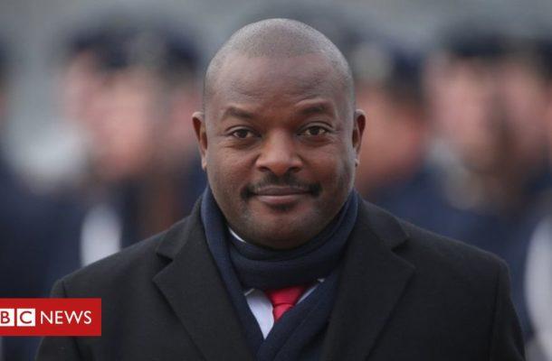 Burundi schoolgirl doodlers freed