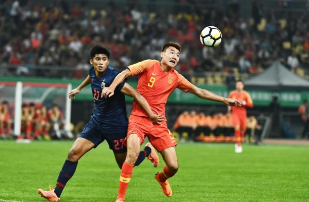 Chanathip stars in Thailand win, cheer for UAE