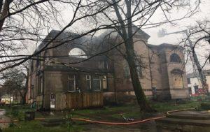 Major Blaze Engulfs 230-Year-Old Church in Blackburn, UK (PHOTOS, VIDEO)