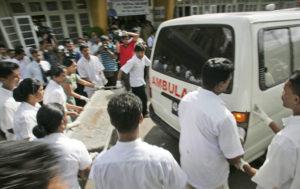 Blasts at Sri Lanka Catholic Churches and Hotels, Kill 30, Wound 280 (PHOTOS)