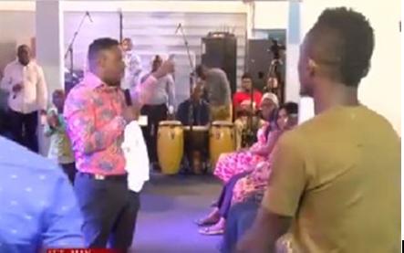 VIDEO: Lilwin runs to Nigel Gaisie; ex-manager exposed over spiritual padlock