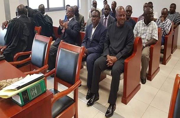 Mahama storms court in solidarity with Ofosu-Ampofo