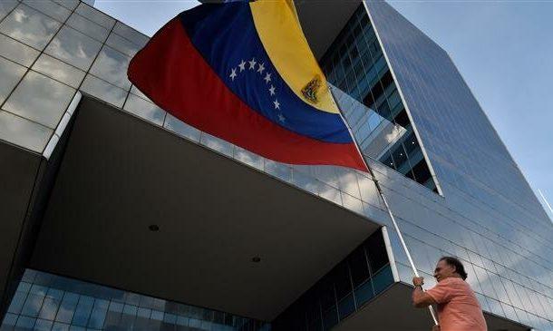 'Venezuela govt., opposition reps head for talks in Norway'
