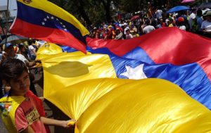 Pro-Maduro Rally, Opposition Demonstration Held in Caracas (VIDEO)