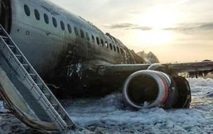Remains of Burnt Plane Being Taken Out of Sheremetyevo Airport (VIDEO)