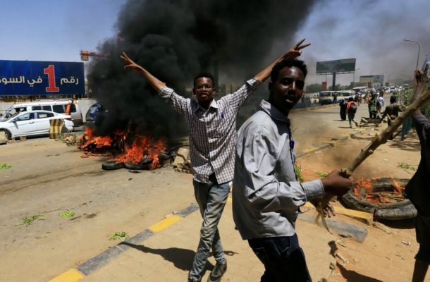 Sudan's military rulers suspend talks with protesters