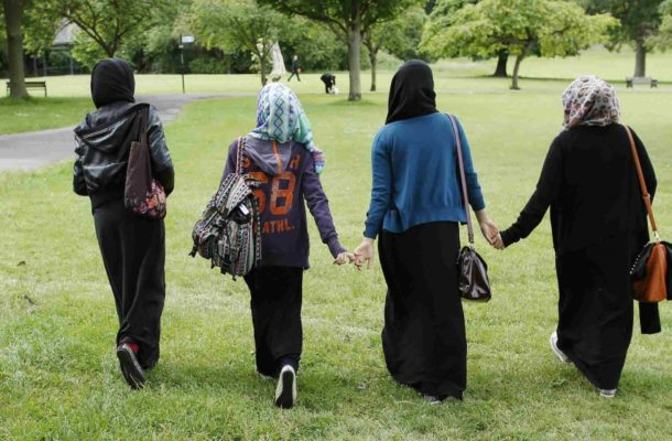 Austria MPs approve law banning headscarf in primary schools
