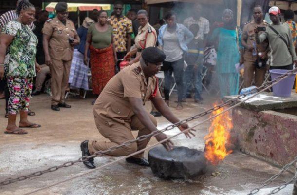 Traders Takoradi market circle taken through fire-fighting training