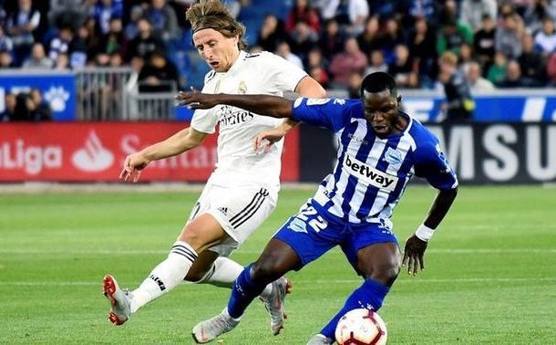 Getafe to swoop for Mubarak Wakaso after 2019 AFCON