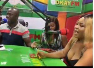VIDEO: Girl shows off panty in Okay Fm studios