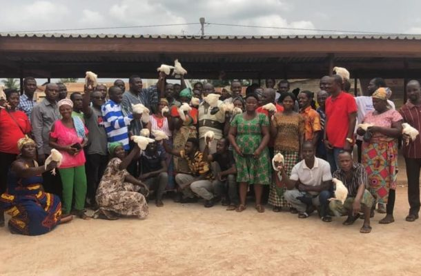 Planting for Food and Jobs: Okere farmers get 1000 birds