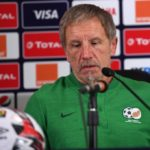 South Africa coach Stuart Baxter steps down