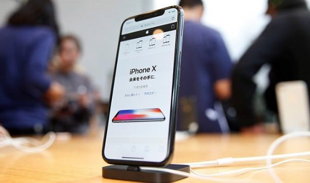 When will Apple announce the iPhone 11 in 2019?