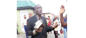 DRAMA: Evangelist beaten to the pulp for stealing phones while preaching