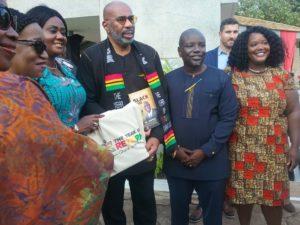 VIDEO: American TV star Steve Harvey in Ghana with his family