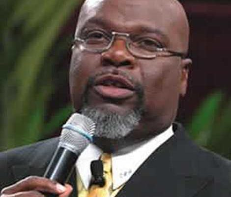 Kenyans pay over $700 to meet TD Jakes
