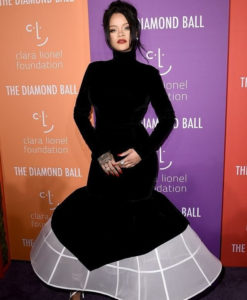 PHOTOS: Rihanna looks regal in a black and white dress at the 2019 Diamond Ball