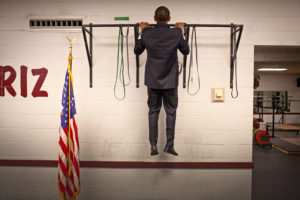 Backstage push-ups, washing his daughters' dishes'-Photographer releases never-before-seen photos of Barack Obama