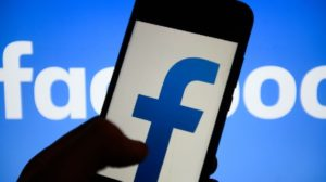How Facebook will pick the news you see in its app