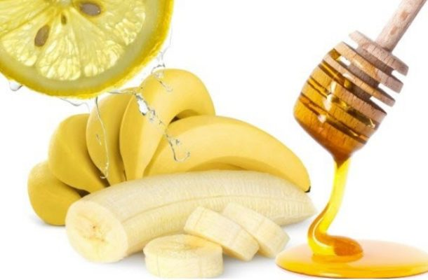 Get rid of oily skin with only lemon, banana and honey