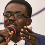 VIDEO: NAM 1 motivates frustrated Menzgold customers with gospel song