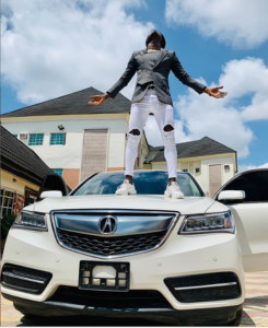 PHOTOS: Comedian  Akpororo shows off his new luxury car