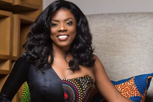 Nana Aba Anamoah 'shakes the internet' after revealing balance on her MoMo wallet