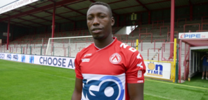 Eric Ocansey plays as left back in Kortrijk's friendly game against Charleroi
