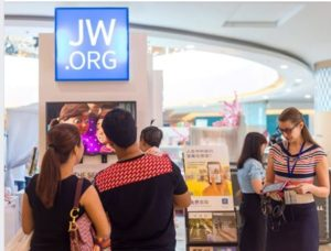 Jehovah's Witnesses' Website (JW.ORG) beats Facebook and Twitter as World's Most Translated