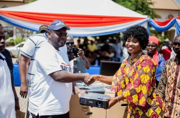 Deputy Chief of Staff donates computers to schools in Bantama sub-metro