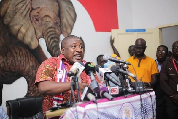 Offer Ghanaians better policy alternatives - NPP to NDC