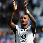 Andre Ayew scores to put Swansea in Championship play-off place
