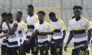 VIDEO: Black Meteors arrive at Cairo Int. stadium with hot jama