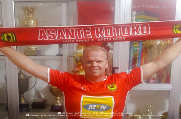 Kjetil Zachariassen reports Kotoko to Norwegian embassy over treatment