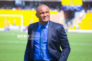 VIDEO: Livid Hearts of Oak fans call for the head of coach Kim Grant