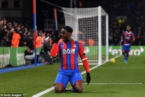 Jefferey Schlupp set for lengthy spell out with hip injury