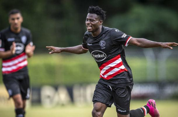 Kelvin Ofori scores for Fortuna II against Wuppertal SV